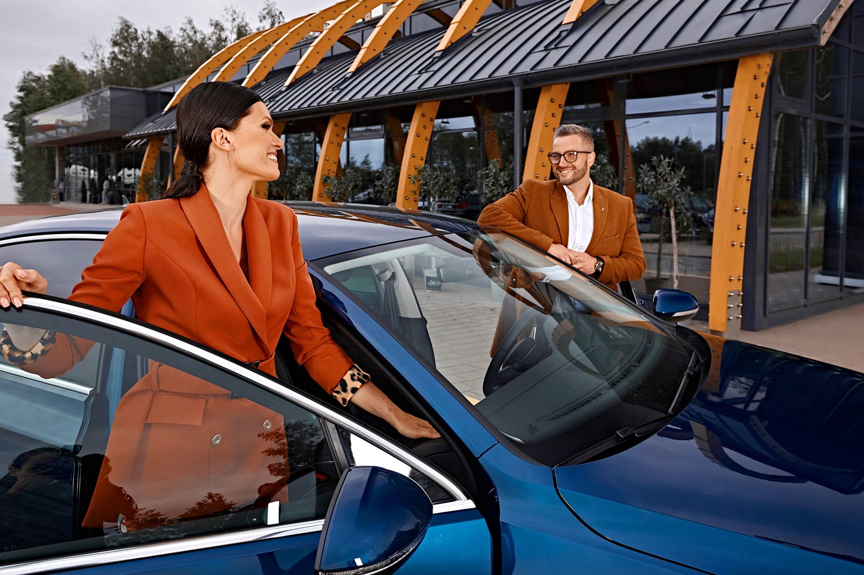 Машина Volkswagen Passat