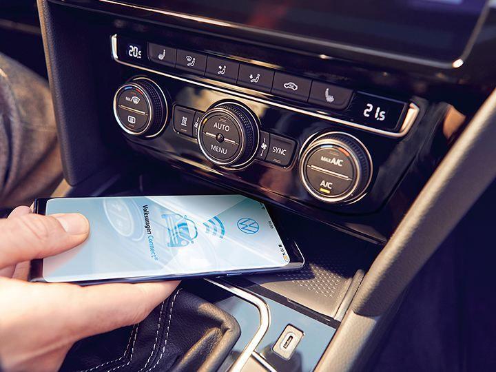 Персональный помощник Volkswagen Connect